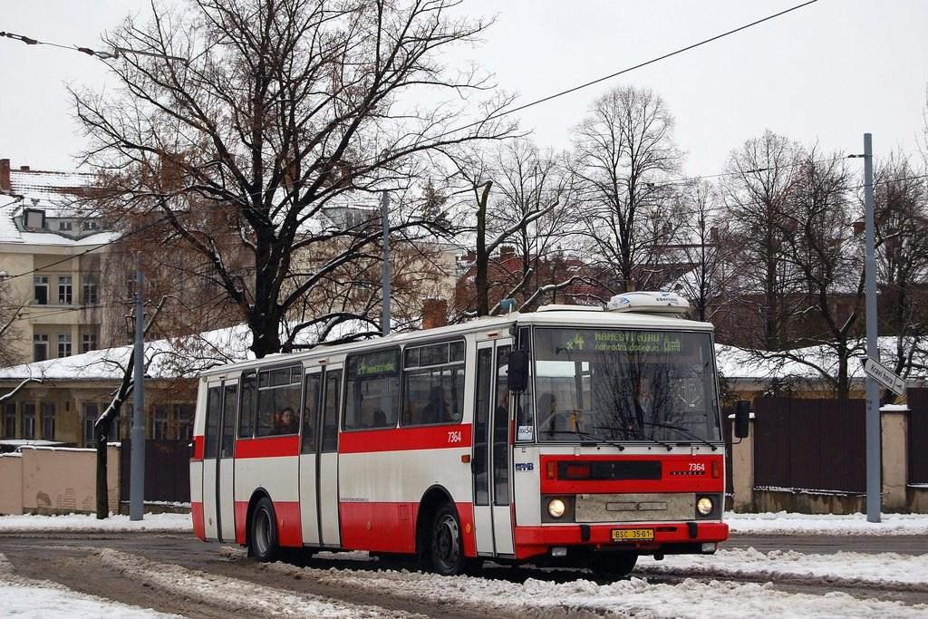 Fotogalerie » B732.1654 7364 | Brno | Masarykova čtvrť | Náměstí míru | Náměstí Míru, smyčka