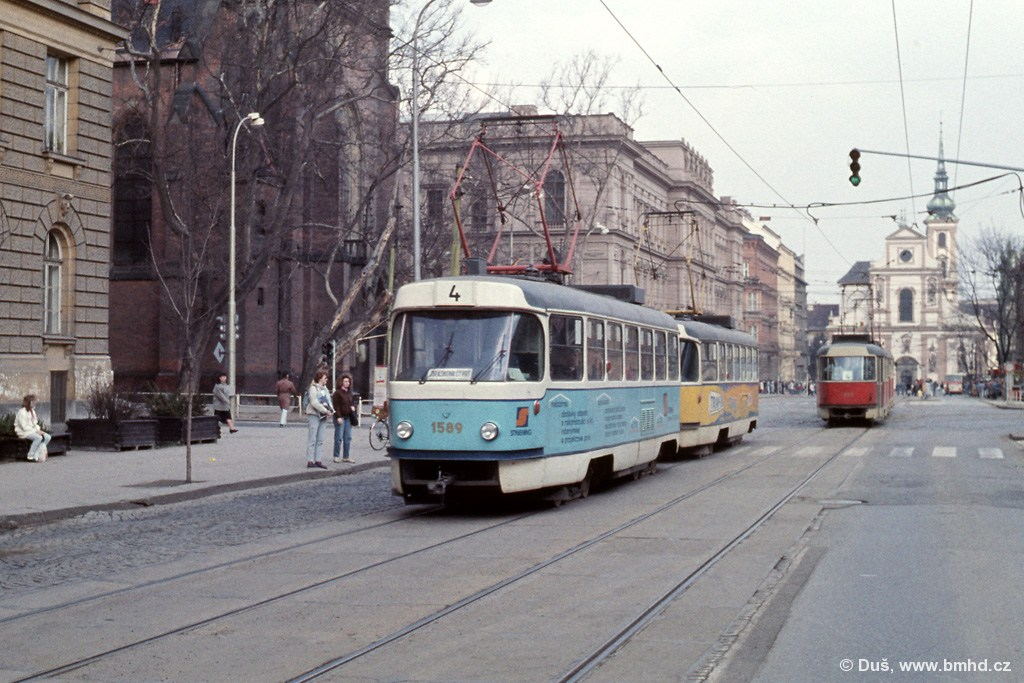 Fotogalerie » T3M 1589 | T3M 1574 | Brno | střed | Komenského náměstí