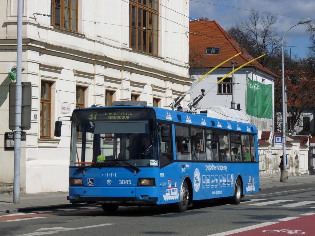 Fotogalerie » Škoda 21Tr 3045 | Brno | Staré Brno | Mendlovo náměstí