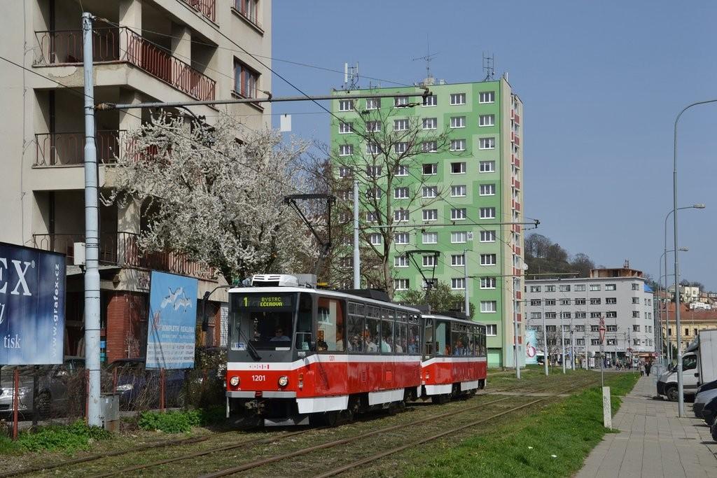 Fotogalerie » ČKD DS T6A5 1201   ČKD DS T6A5 1202   Brno   Staré Brno   Veletržní