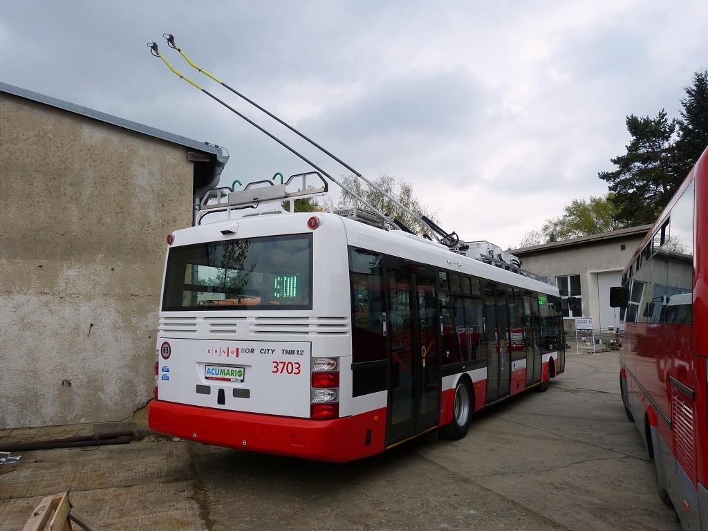Fotogalerie » SOR TNB 12 3703 | Brno | Řečkovice | Terezy Novákové | depozitář TMB