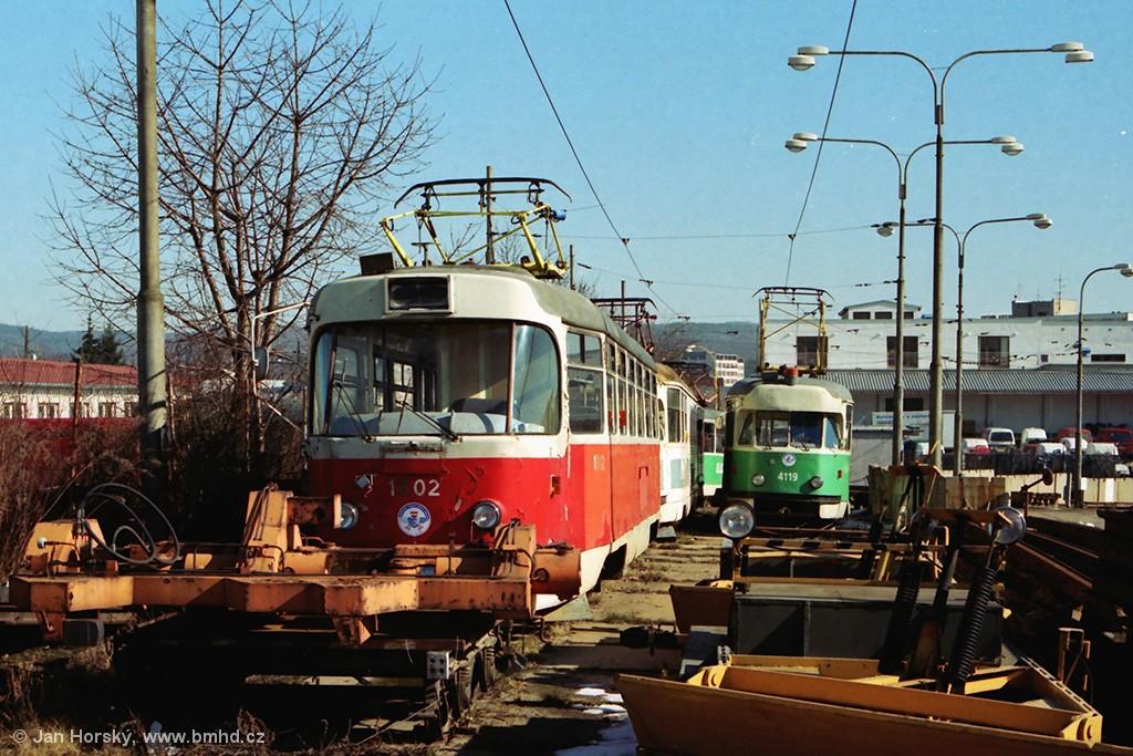 Fotogalerie » ČKD Tatra T3 1502 | Tatra T2 4119 | Brno | Medlánky | Vozovna Medlánky