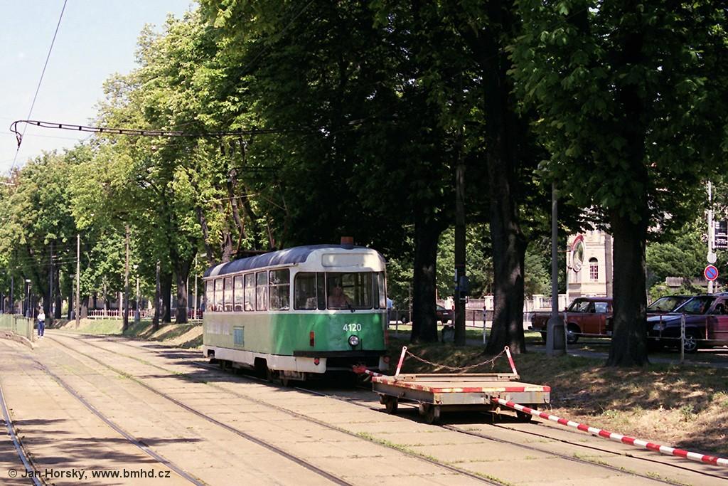 Fotogalerie » Tatra T2 4120 | Brno | Pisárky | Hlinky