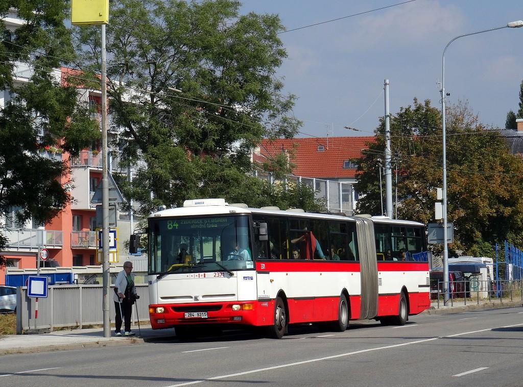 Fotogalerie » Karosa B961E.1970 2B4 9311 2371 | Brno | Černovice | Olomoucká | Tržní