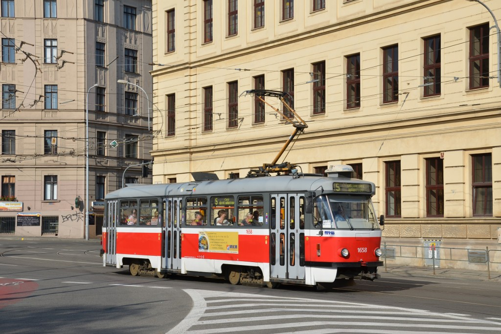 Fotogalerie » Pragoimex T3R.PV 1658   Brno   střed   Mendlovo náměstí