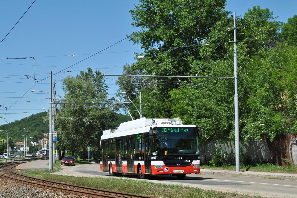 Fotogalerie » SOR TNB 12 3703 | Brno | Komín | Kníničská