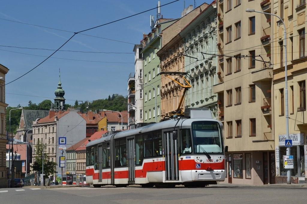 Fotogalerie » Pragoimex VarioLF2R.E 1093 | Brno | Staré Brno | Pekařská | Nemocnice u Svaté Anny