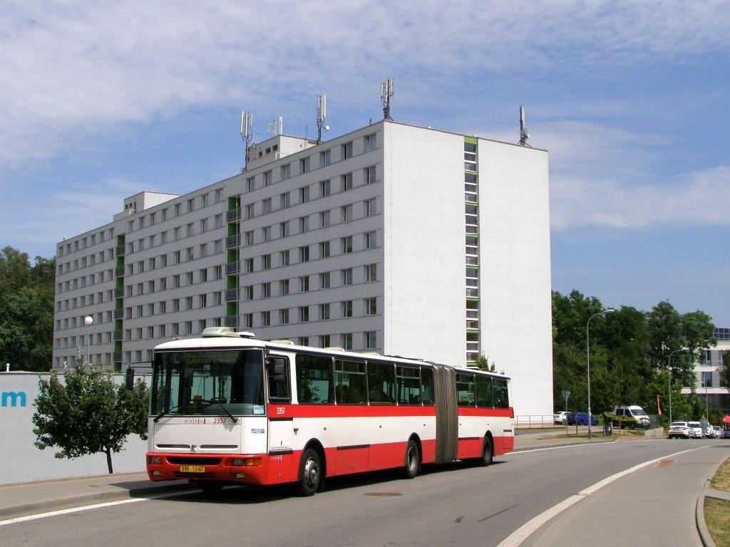 Fotogalerie » Karosa B941E.1962 BSH 13-87 2357 | Brno | Královo - Pole | Kolejní | Kolejní