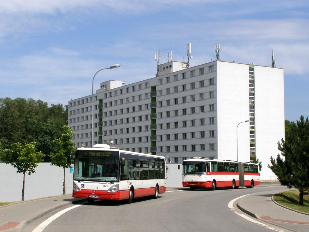 Fotogalerie » Irisbus Citelis 12M 6B6 6852 7656 | Karosa B941E.1962 BSH 13-87 2357 | Brno | Královo - Pole | Kolejní | Kolejní