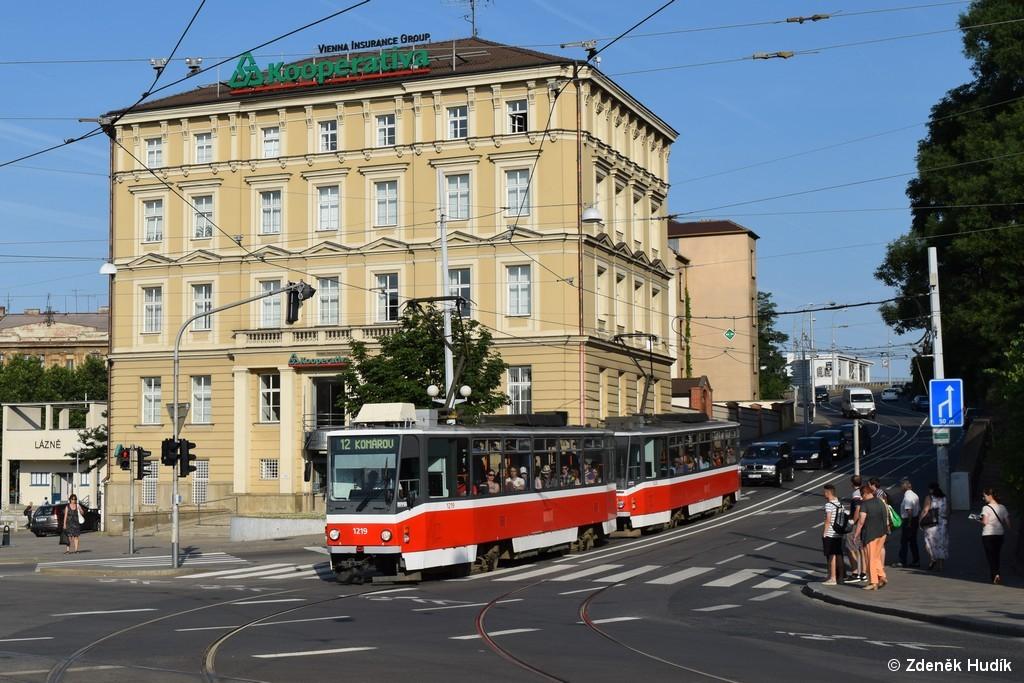 Fotogalerie » ČKD DS T6A5 1219 | ČKD DS T6A5 1220 | Brno | střed | Husova
