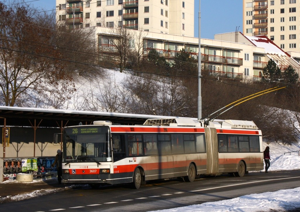 Fotogalerie » Škoda 22Tr 3607 | Brno | Nový Lískovec | Petra Křivky | Oblá