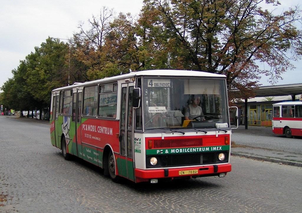 Fotogalerie » Karosa B732 ZN 78-84 | Znojmo | 28. října | Železniční stanice