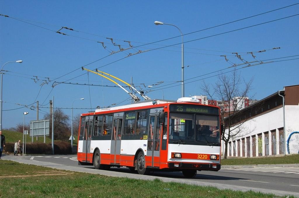 Fotogalerie » Škoda 14TrR 3220   Brno   Vinohrady   Věstonická