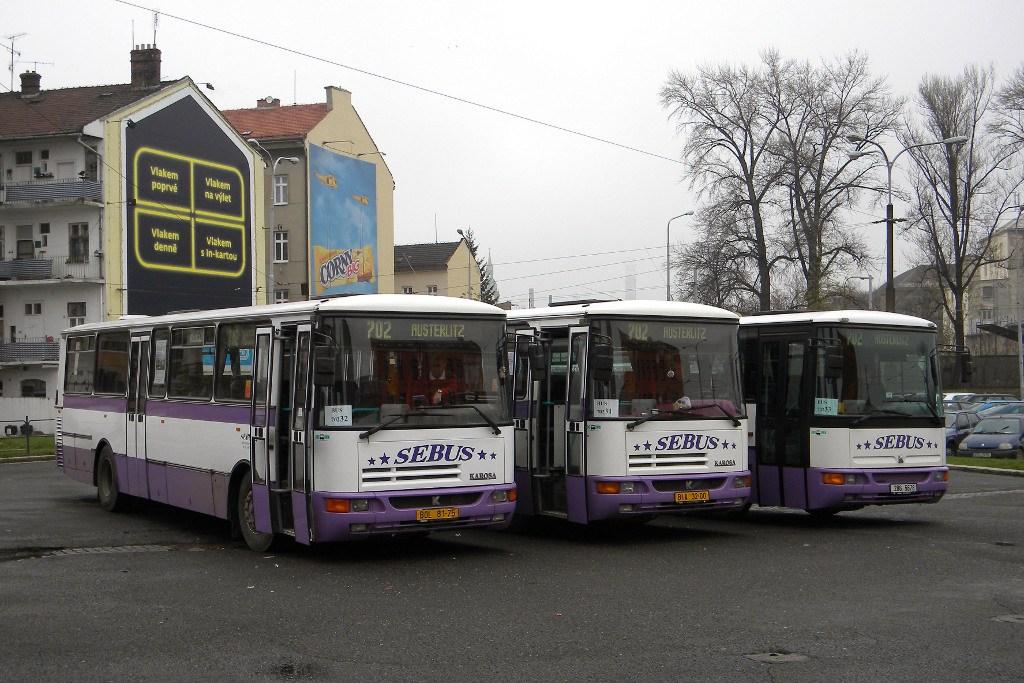 Fotogalerie » Karosa C934 BOL 81-75 | Karosa C934 BIA 32-00 | Karosa C954E.1360 2B6 5678 | Brno | Trnitá | Zvonařka | Zvonařka, smyčka