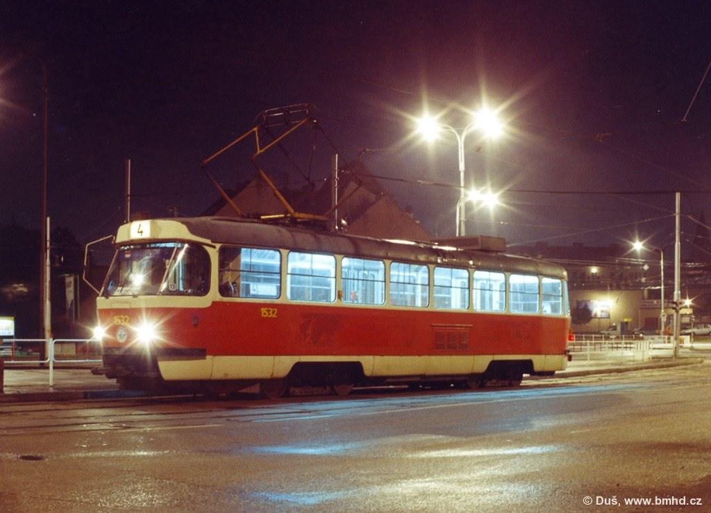 Fotogalerie » T3M 1532   Brno   Husovice   Tomkovo náměstí   Tomkovo náměstí
