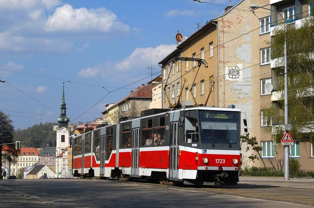 Fotogalerie » ČKD Tatra KT8D5R.N2 1723 | Brno | Štýřice | Vídeňská