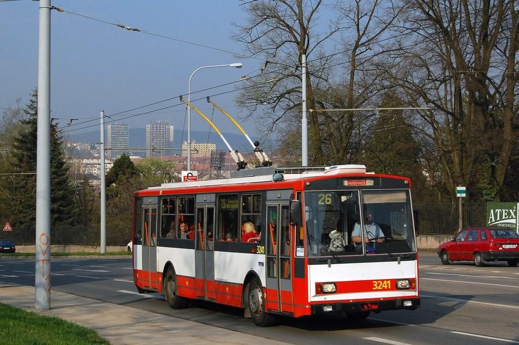 Fotogalerie » Škoda 14Tr10/6 3241 | Brno | Černá Pole | Drobného