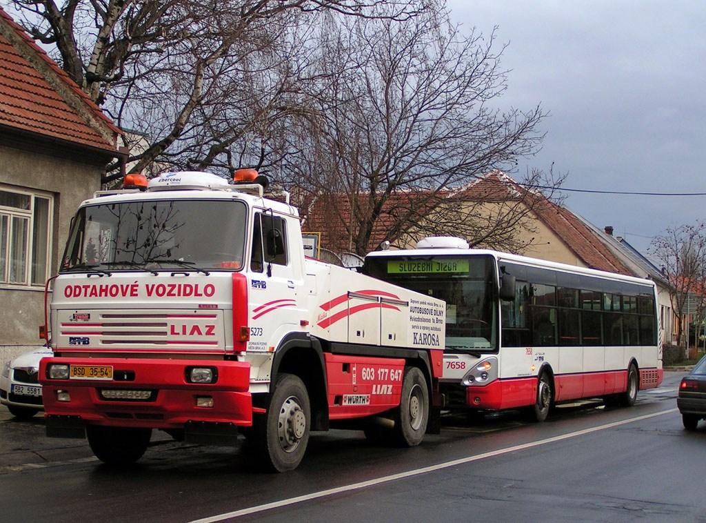 Fotogalerie » Liaz LIAZ 151.261 BSD 35-54 5273 | Irisbus Citelis 12M 6B6 6850 7658 | Brno | Starý Lískovec | Klobásova | Točná