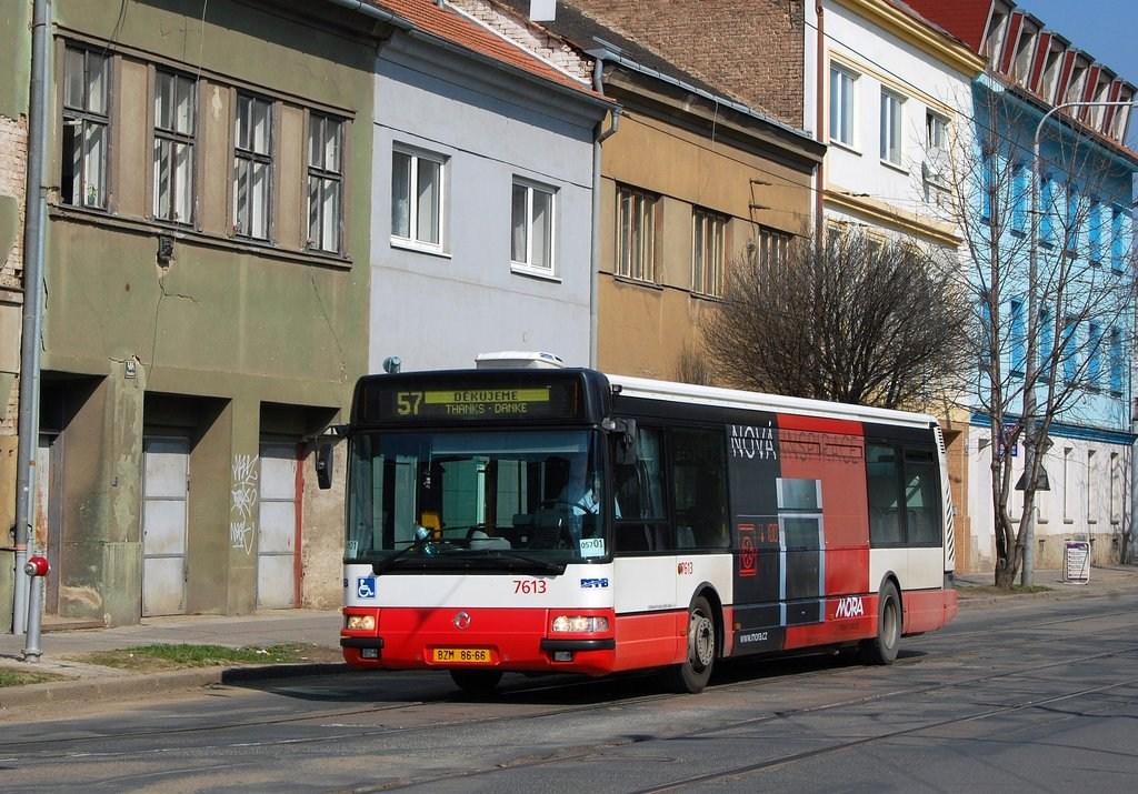 Fotogalerie » Irisbus Citybus 12M 2071.30 7613 | Brno | Husovice | Nováčkova