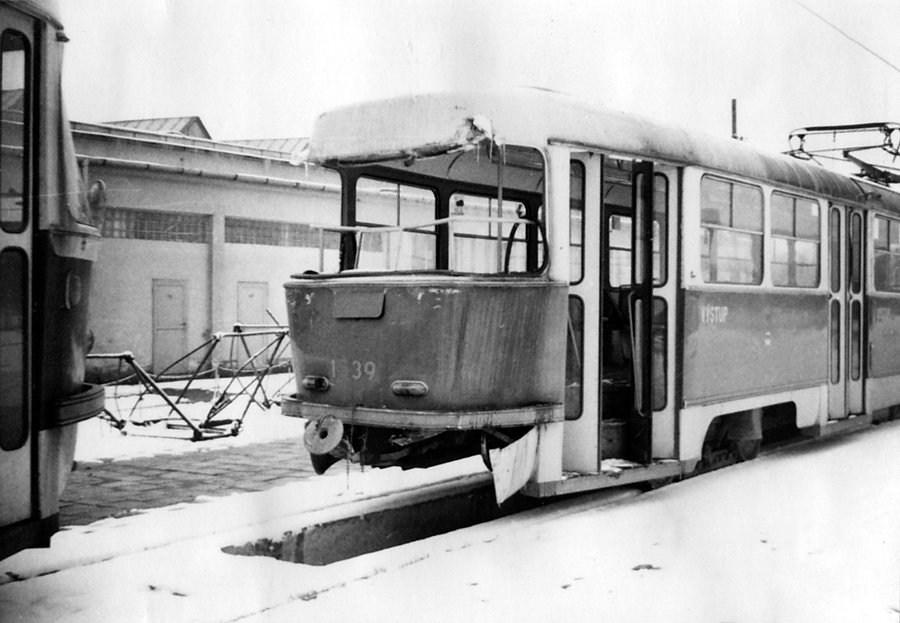 Fotogalerie » ČKD Tatra T3 1539   Brno   vozovna Medlánky