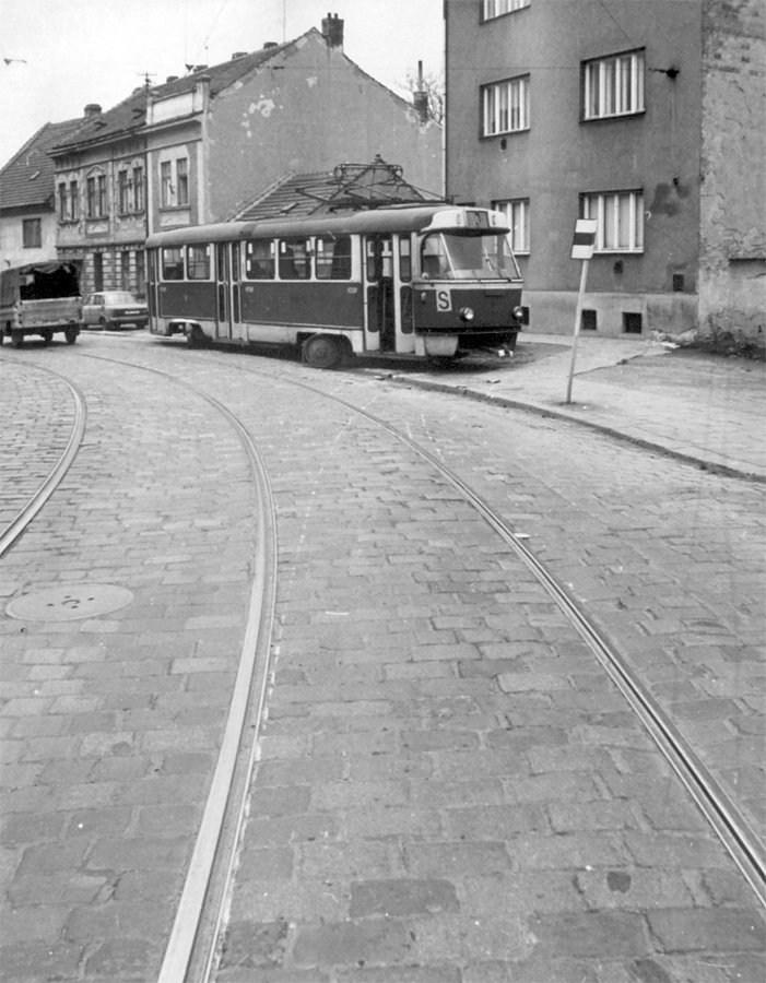 Fotogalerie » ČKD Tatra T3 1547 | Brno | Husovice | Valchařská