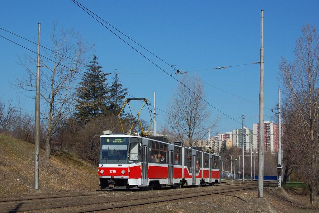Fotogalerie » ČKD Tatra KT8D5R.N2 1719 | Brno | Líšeň