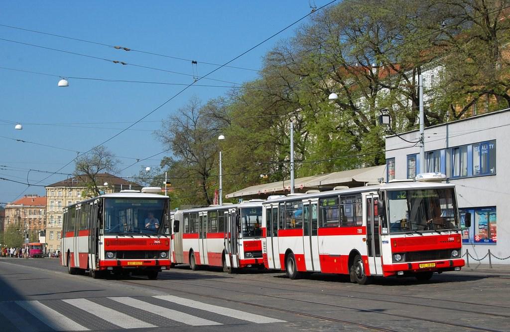 Fotogalerie » Karosa B731.1669 7405 | Karosa B732.1654.3 7393 | Brno | střed | Nádražní