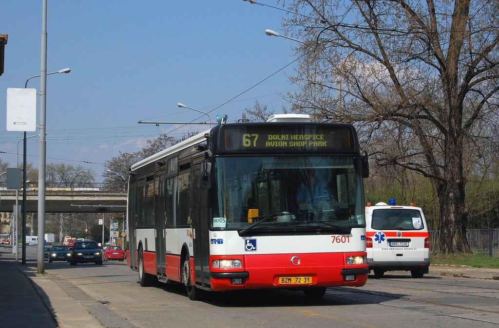 Fotogalerie » Irisbus Citybus 12M 2071.20 7601   Brno   Trnitá   Dornych