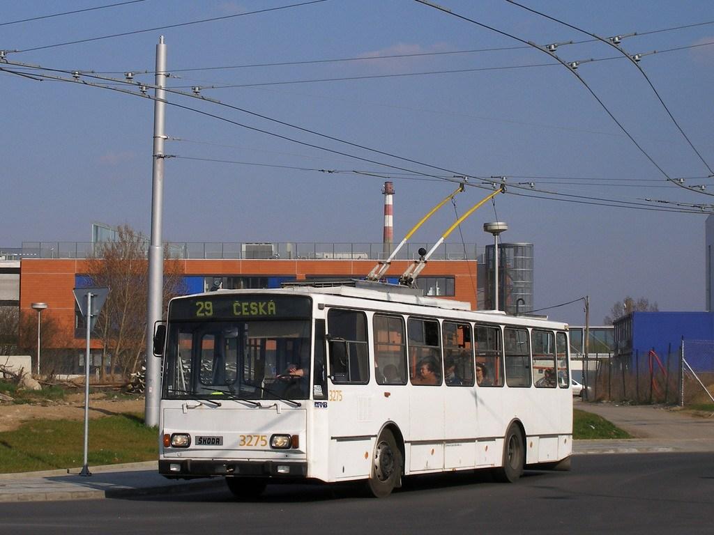 Fotogalerie » Škoda 14TrR 3275 | Brno | Bohunice | Netroufalky