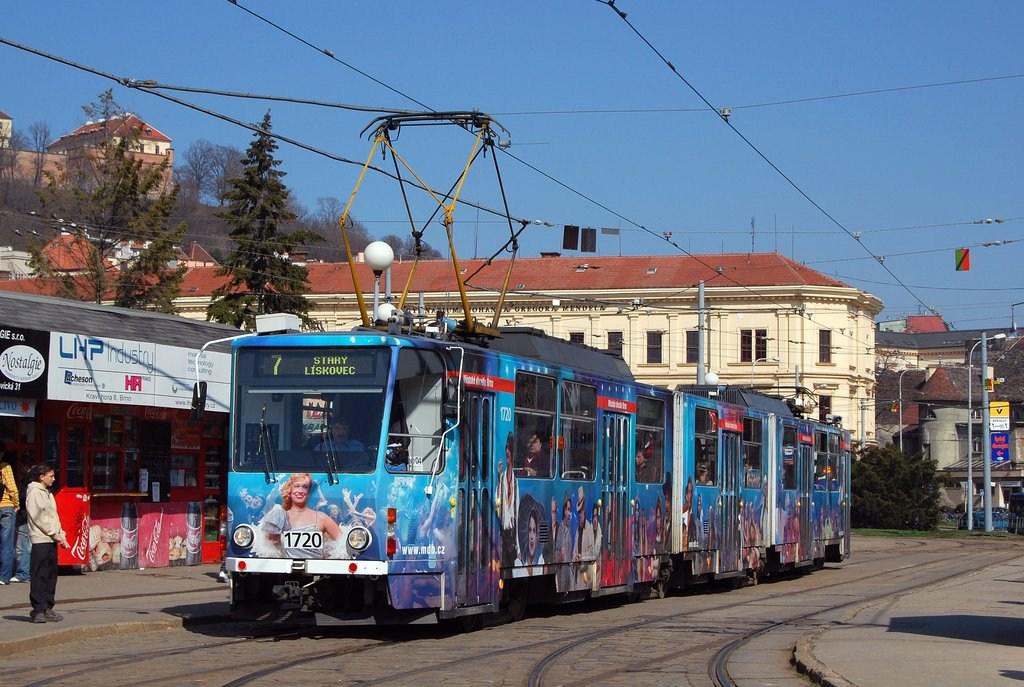 Fotogalerie » ČKD Tatra KT8D5 1720 | Brno | Staré Brno | Mendlovo náměstí | Mendlovo náměstí