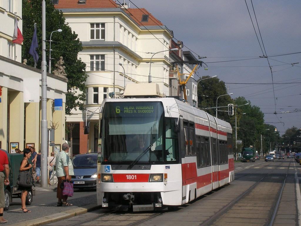 Fotogalerie » ČKD DS RT6N1 1801 | Brno | Královo Pole | Palackého | Husitská