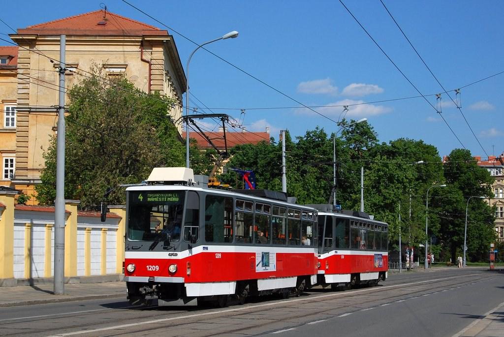 Fotogalerie » ČKD DS T6A5 1209 | ČKD DS T6A5 1210 | Brno | střed | Údolní