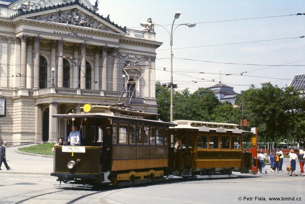 Fotogalerie » mv2 1 | vv1 61 | Brno | střed | Malinovského náměstí | Malinovského náměstí