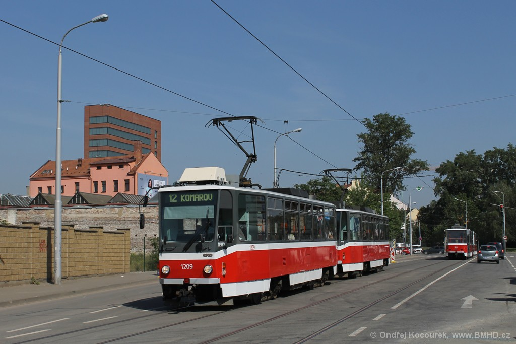 Fotogalerie » ČKD DS T6A5 1209 | ČKD DS T6A5 1210 | Brno | Trnitá | Dornych