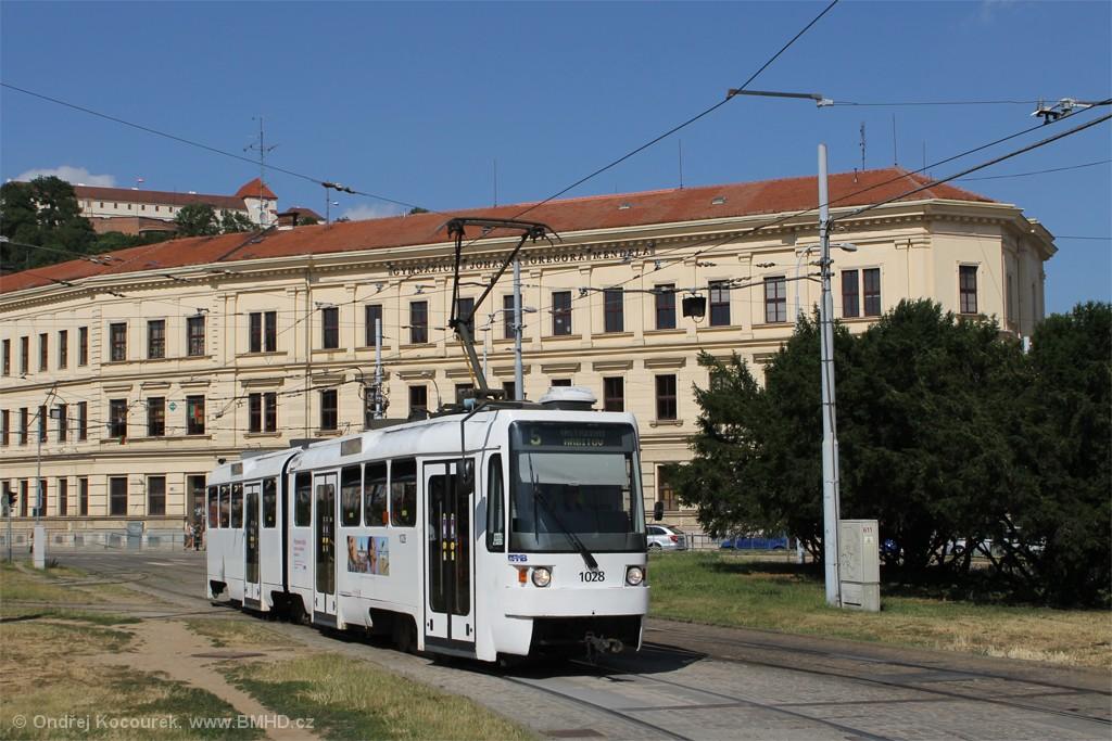 Fotogalerie » ČKD Tatra K2R 1028 | Brno | Staré Brno | Mendlovo náměstí