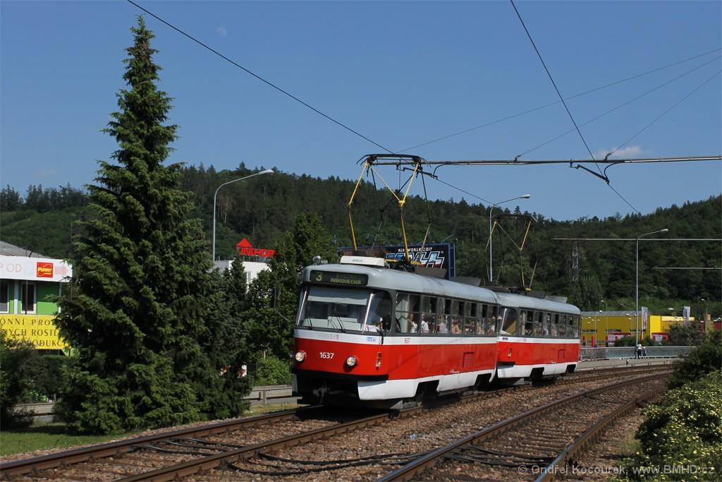 Fotogalerie » ČKD Tatra T3G 1637 | ČKD Tatra T3G 1638 | Brno | Komín | Kníničská