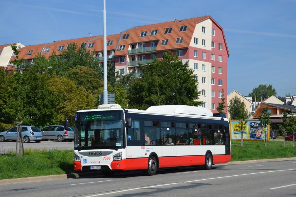 Fotogalerie » Iveco Urbanway 12M CNG 1BC 1574 7068 | Brno | Líšeň | Novolíšeňská