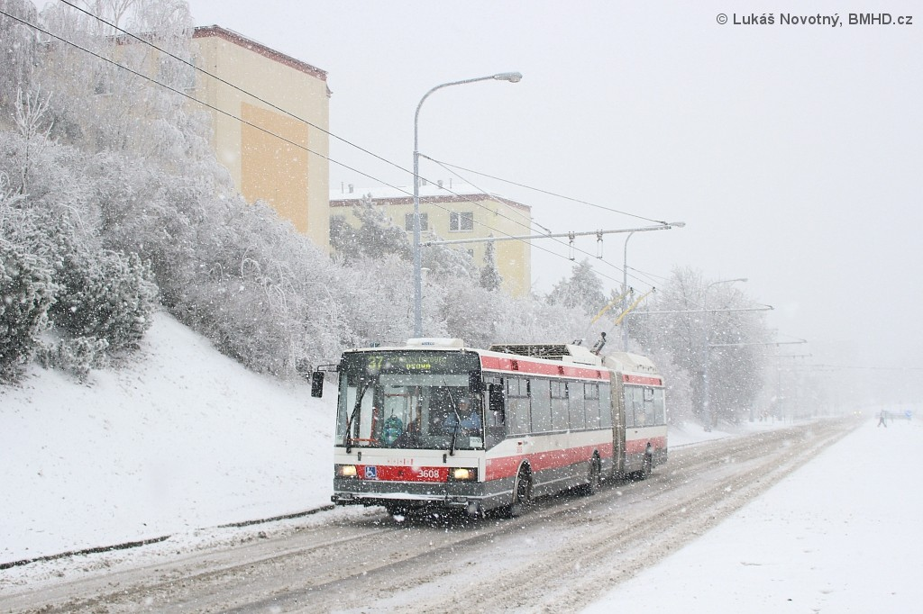 Fotogalerie » Škoda 22Tr 3608   Brno   Kohoutovice   Libušina třída