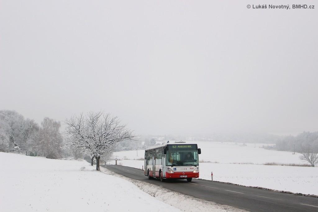 Fotogalerie » Irisbus Citelis 12M 3B9 8335 7641 | Brno | Žebětín | Kohoutovická | Kopce