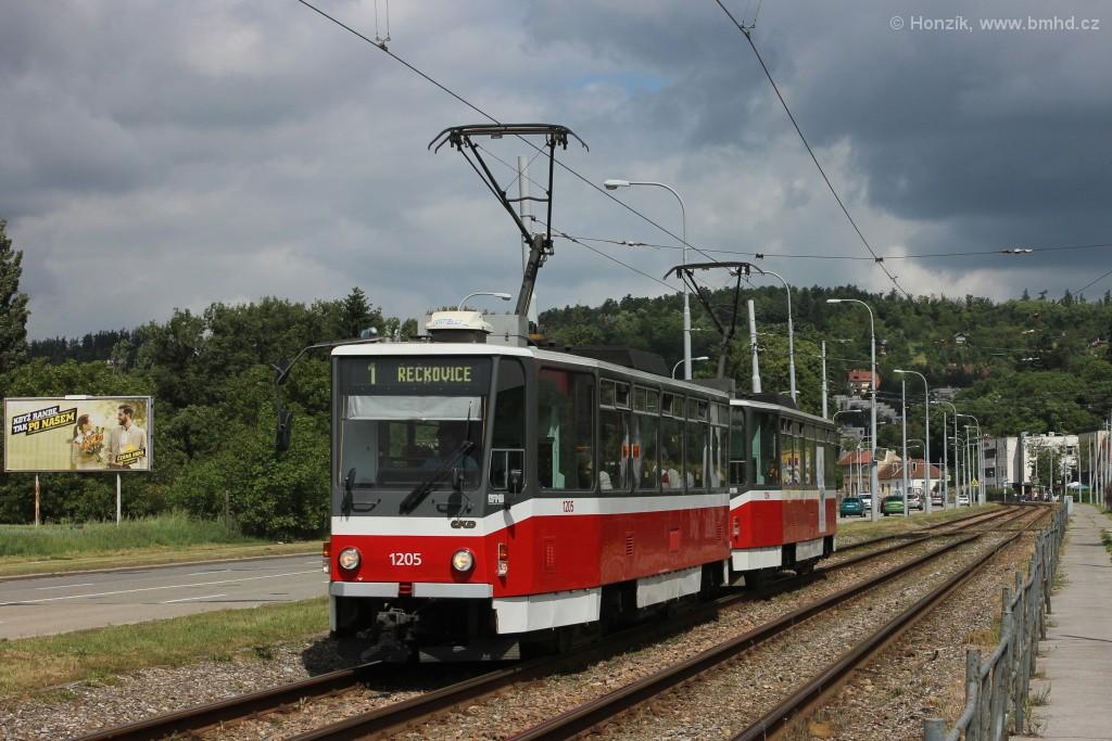 Fotogalerie » ČKD DS T6A5 1205 | ČKD DS T6A5 1206 | Brno | Komín | Kníničská