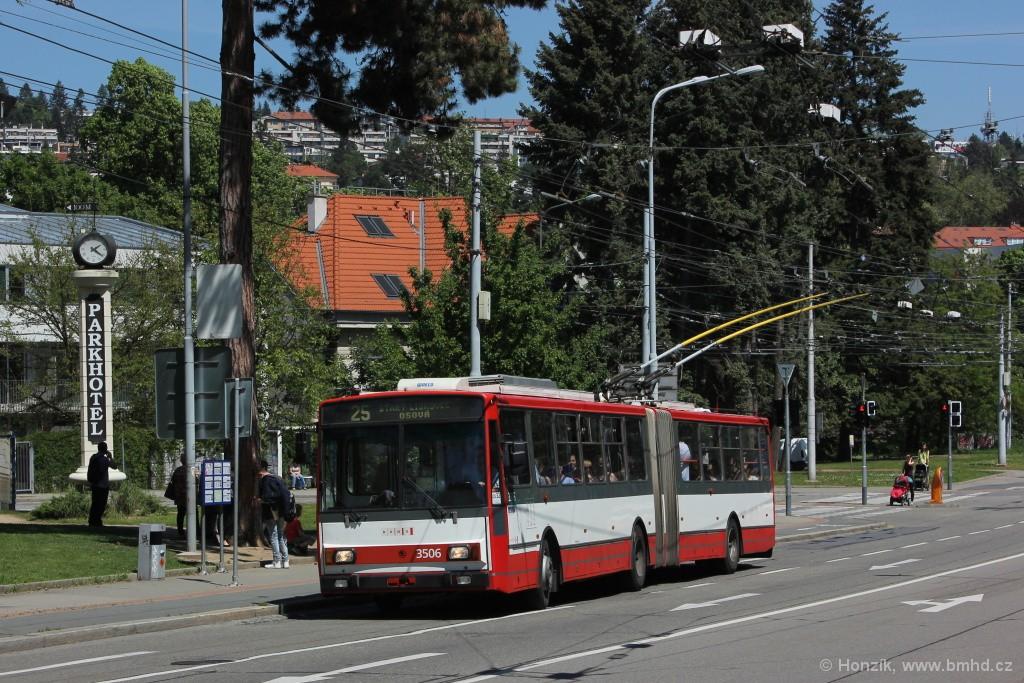 Fotogalerie » Škoda 15TrM 3506 | Brno | Pisárky | Pisárecká | Anthropos