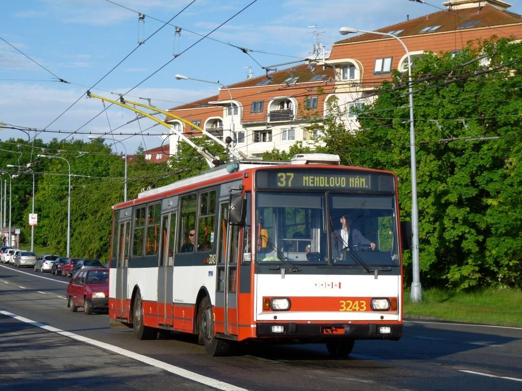 Fotogalerie » Škoda 14TrR 3243 | Brno | Kohoutovice | Libušina třída