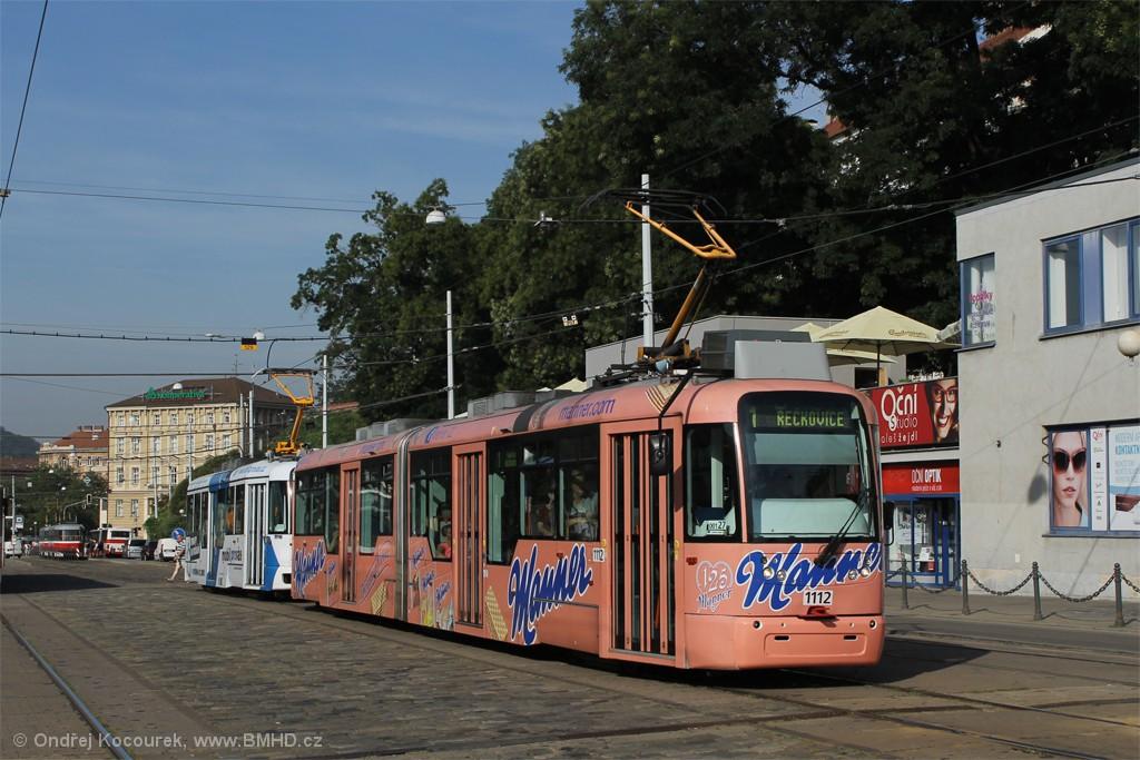 Fotogalerie » Pragoimex VarioLF2R.E 1112   Pragoimex VarioLFR.E 1605   Brno   střed   Nádražní