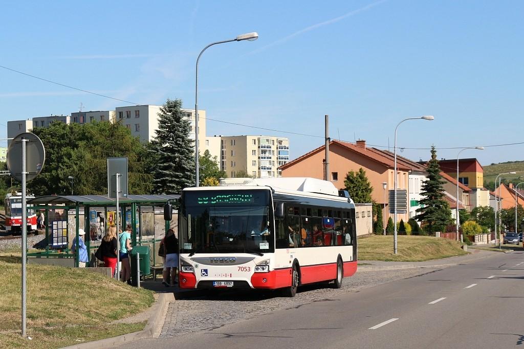 Fotogalerie » Iveco Urbanway 12M CNG 1BB 6897 7053 | Brno | Starý Lískovec | Jemelkova | Dunajská