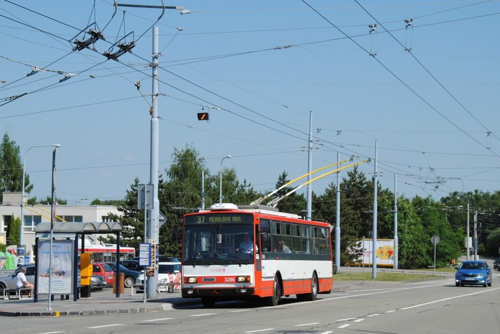 Fotogalerie » Škoda 14TrR 3286 | Brno | Kohoutovice | Libušina třída | Jírovcova