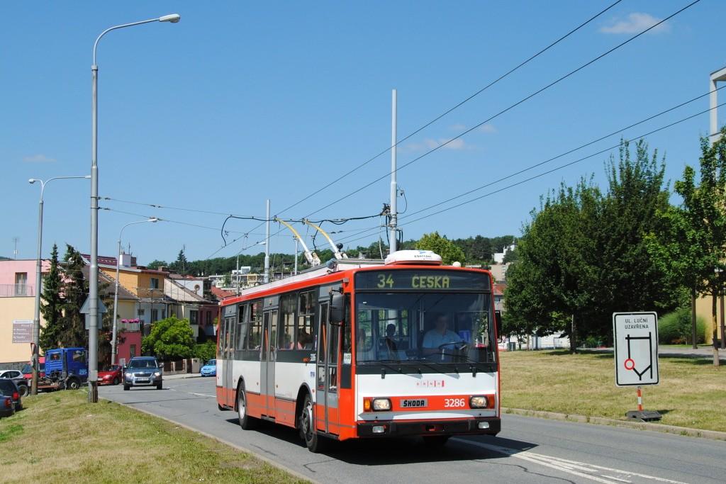 Fotogalerie » Škoda 14TrR 3286 | Brno | Žabovřesky | Makovského náměstí