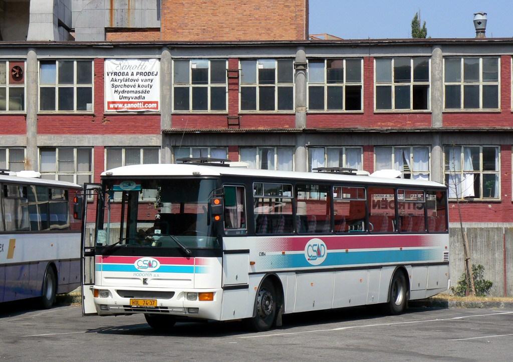 Fotogalerie » Karosa C954.1360 HOL 74-37 | Zlín | Nádražní | Autobusové nádraží
