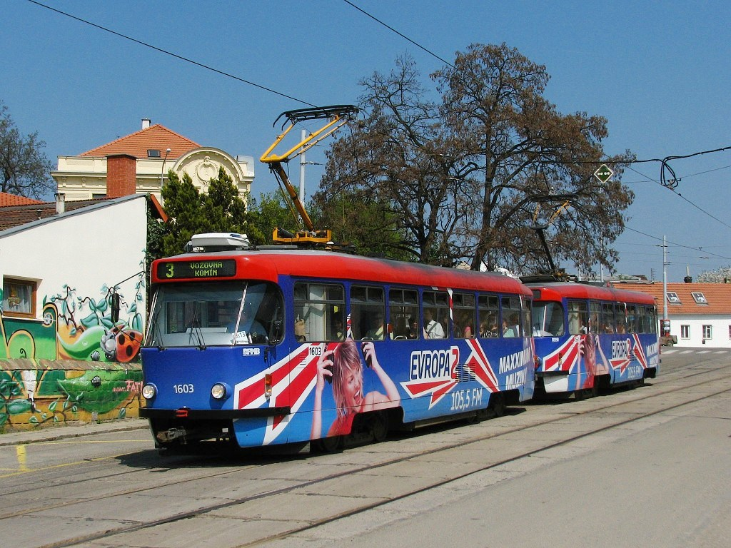 Fotogalerie » Pragoimex T3R.PV 1603   Pragoimex T3R.PV 1561   Brno   Žabovřesky   Sochorova   Rosického náměstí