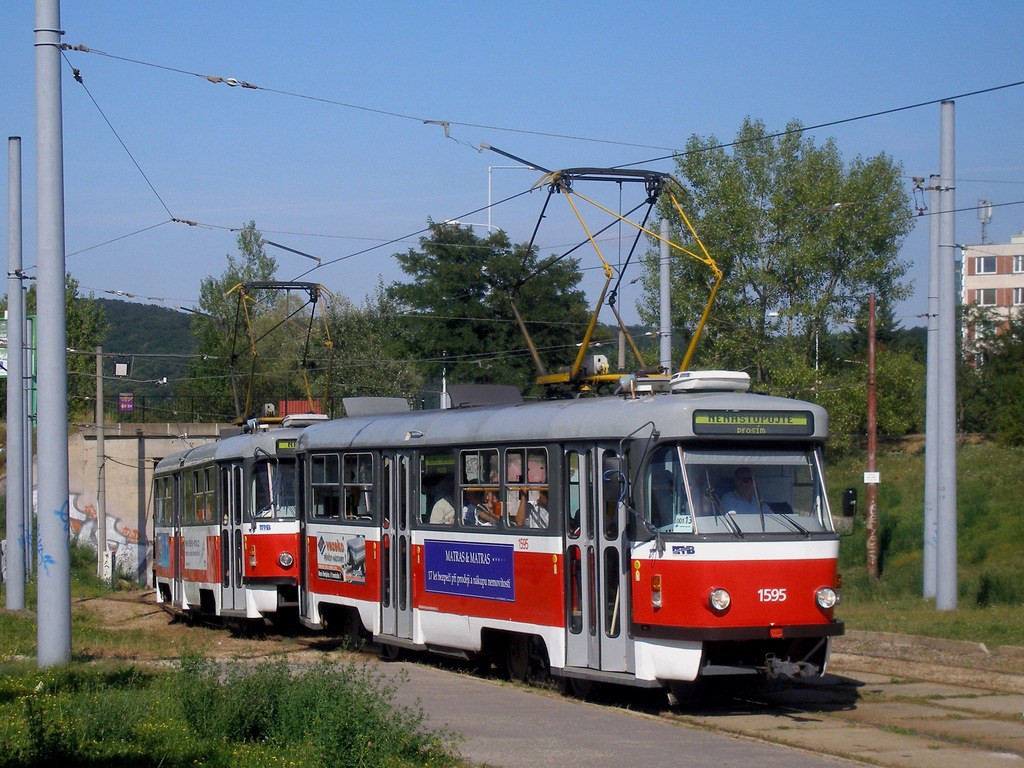 Fotogalerie » ČKD Tatra T3P 1595 | ČKD Tatra T3P 1564 | Brno | Bystrc | Rakovecká, smyčka