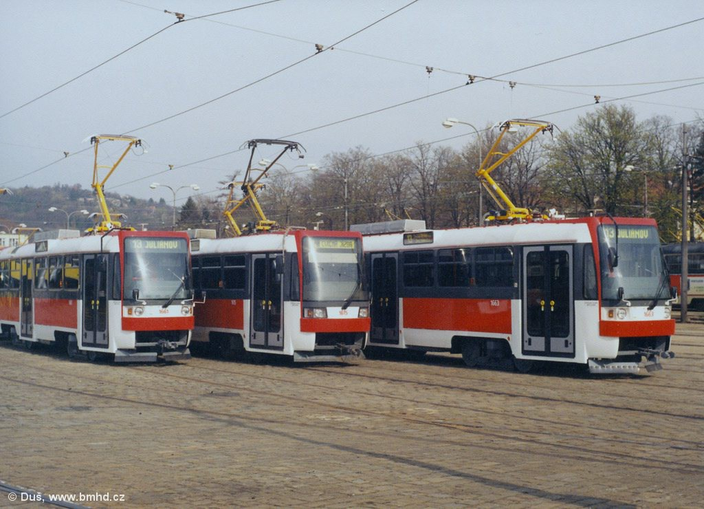 Fotogalerie » T3R 1661   T3R 1615   T3R 1663   Brno   vozovna Pisárky